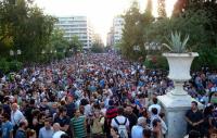 Syntagma_Square_Grèce_wikipédia
