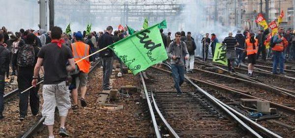 Edourard Philippe, SNCF, grève cheminots