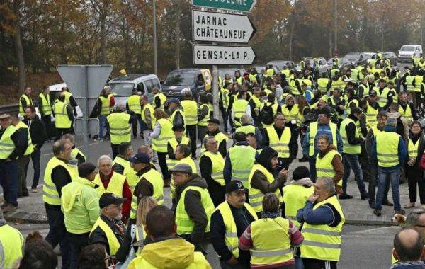 Gilets jaunes, Edouard Philippe, Emmanuel Macron