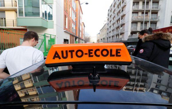 Macron, permis de conduire, jeunes , LOM